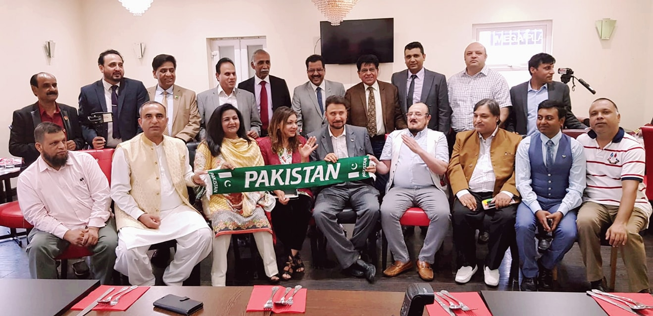Shadow minister Afzal Khan MP invited Pakistani media for annual dinner and media conference