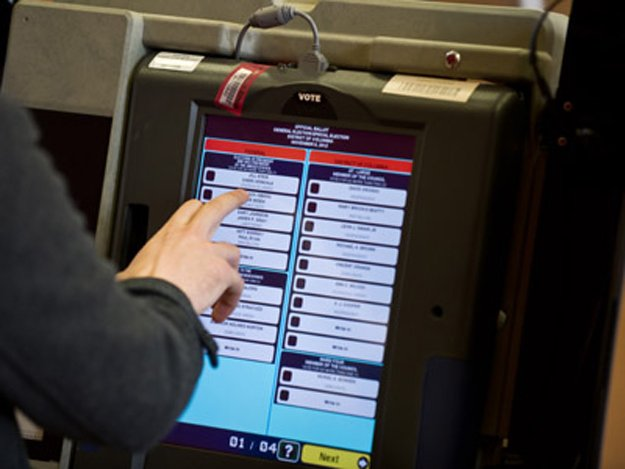 Govt seeks opposition proposals for holding next polls through electronic machines