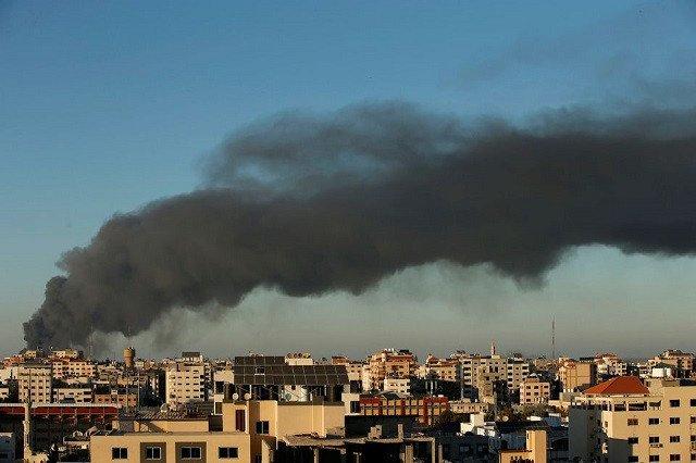 Israel air strikes kill 33 more Palestinians, death toll jumps to 181