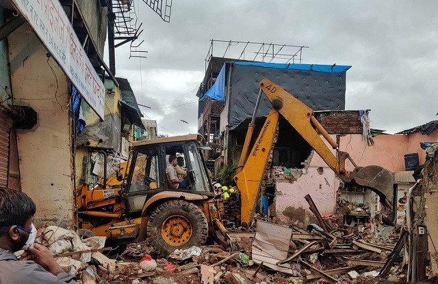 Eleven dead, including eight children, in Mumbai building collapse
