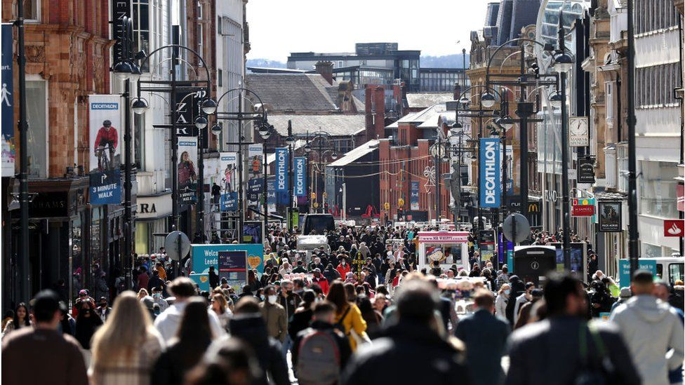 UK economy grows in April as shops reopen