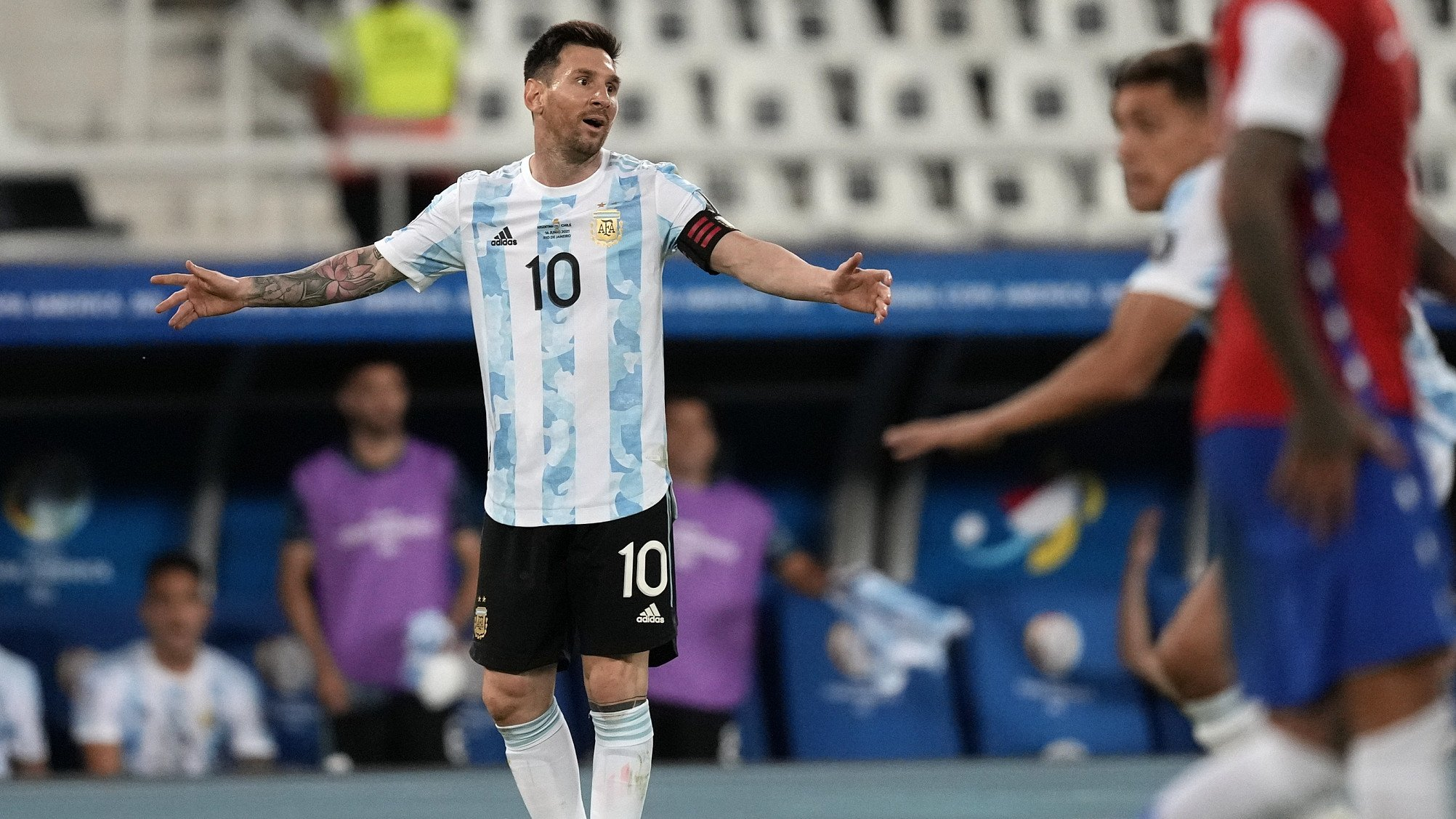 Messi frustrated after Argentina draw with Chile at Copa America