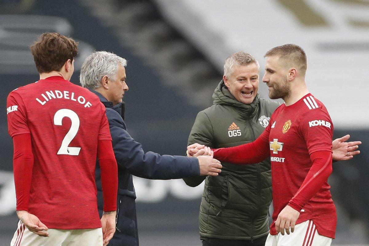Mourinho needs to move on, says England defender Shaw