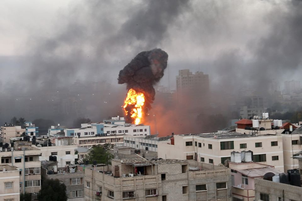 Israel strikes Hamas site in Gaza over fire balloons - military