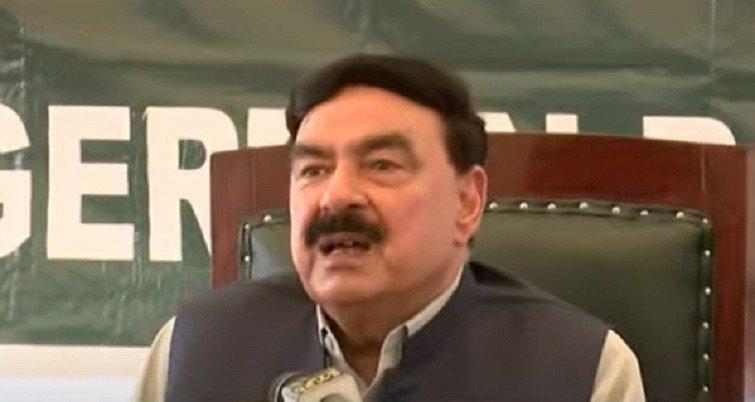 Nawaz should come back, says Rashid