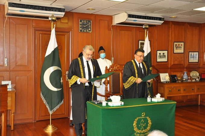 Justice Bandial takes oath as acting CJP