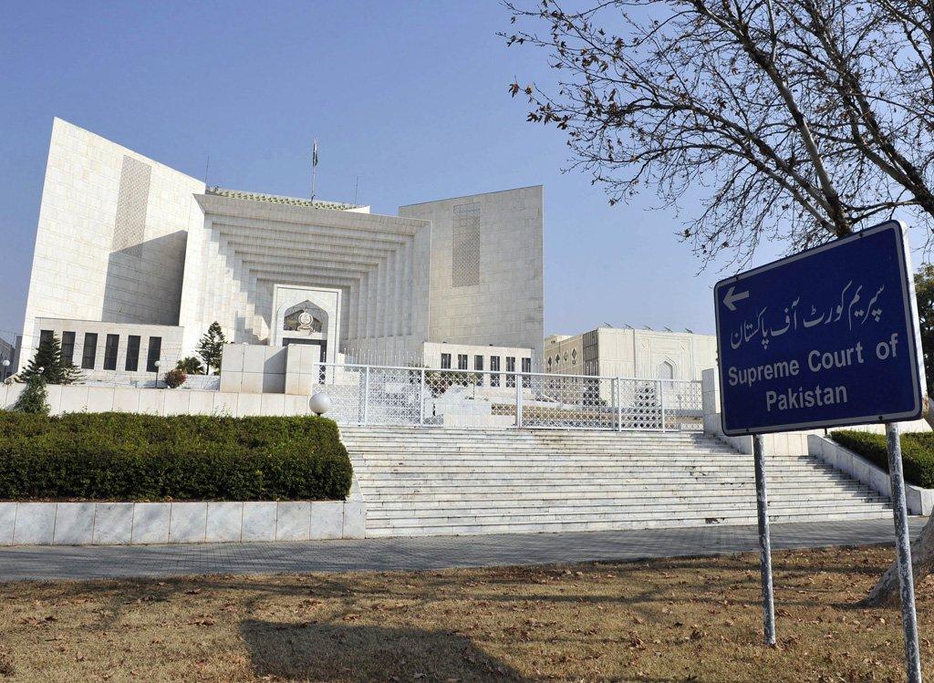 Clash of top court judges