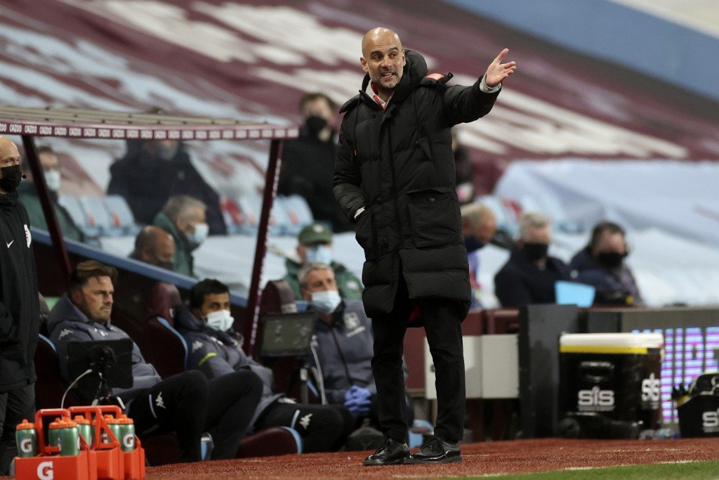 Guardiola tells Man City to forget Super League row as they chase title