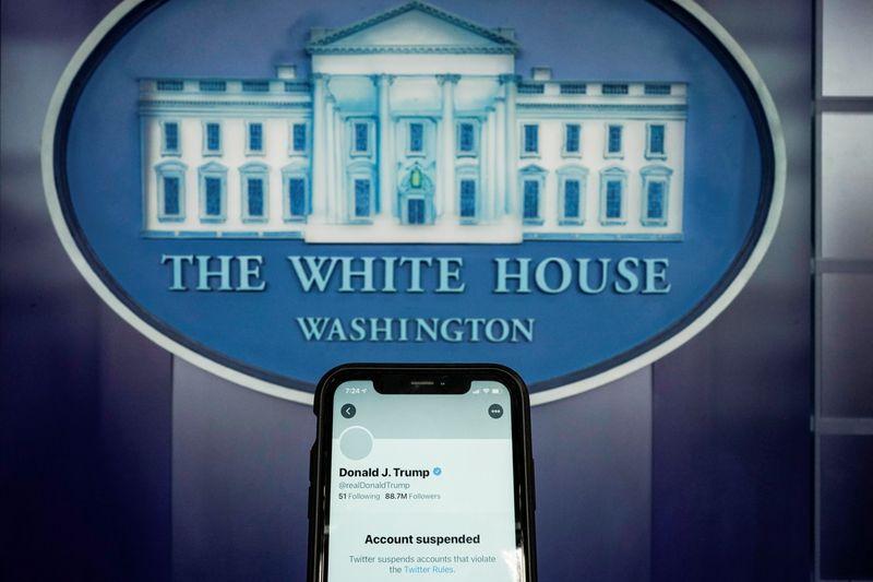 Heres how social media sites handle world leaders