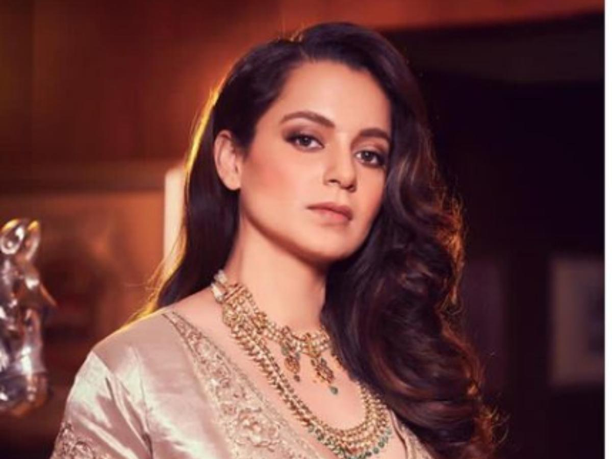 Kangana Ranaut is touched after seeing Pakistan stand with India