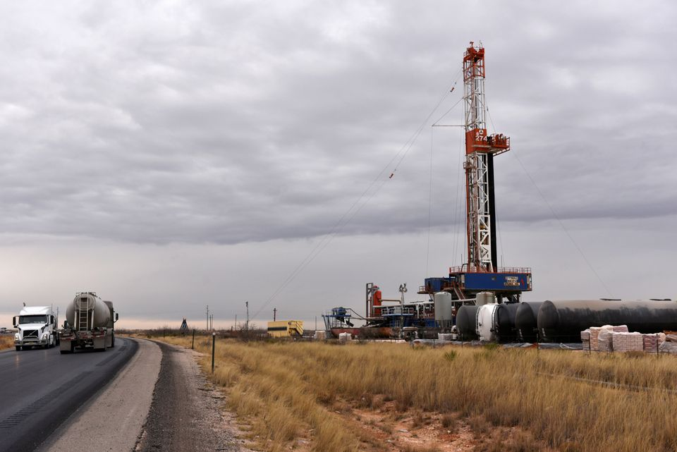 Oil prices up over $1 amid potential Iran talks hitch