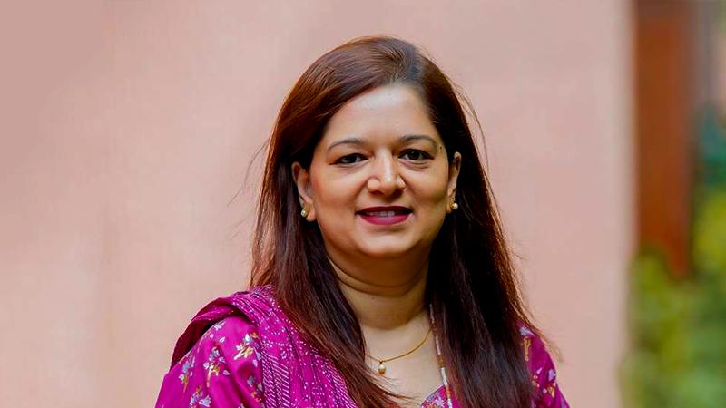 Pakistans first PhD in nursing awarded to AKU alumnus