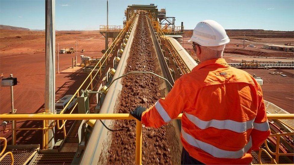 UK to offer Australia tariff-free trade deal despite farmers' fears